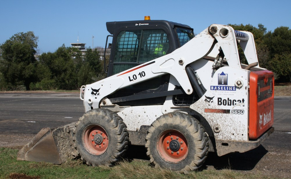 medium resolution of skid steer loader