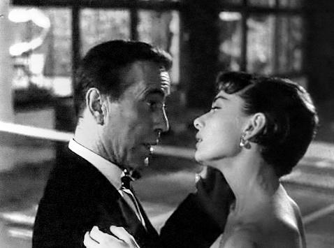 English: Screenshot of Audrey Hepburn and Hump...