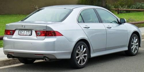 small resolution of file 2005 2008 honda accord euro luxury sedan 02 jpg