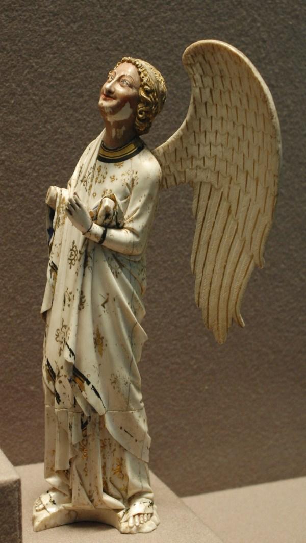 File Angel Ivory Louvre - Wikimedia Commons