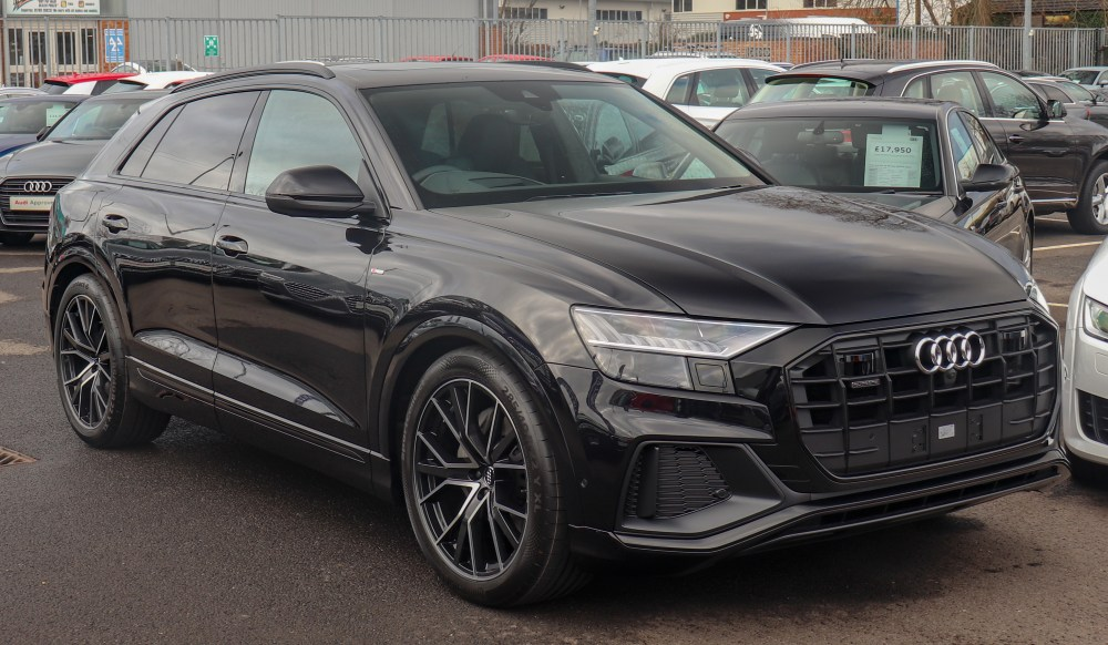 medium resolution of audi q8