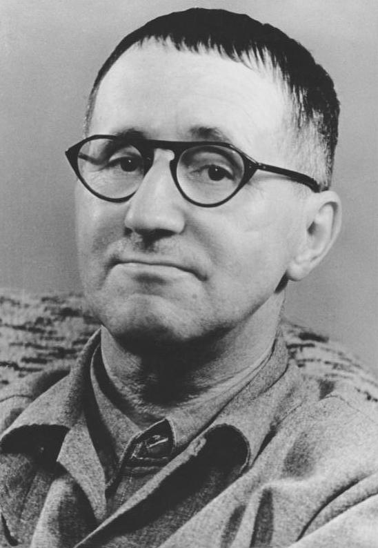Bertolt Brecht, 1948, Quelle: Deutsches Bundesarchiv (German Federal Archive), Bild 183-W0409-300
