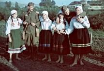 File Colorful Soldier Folk Costume War Correspondent