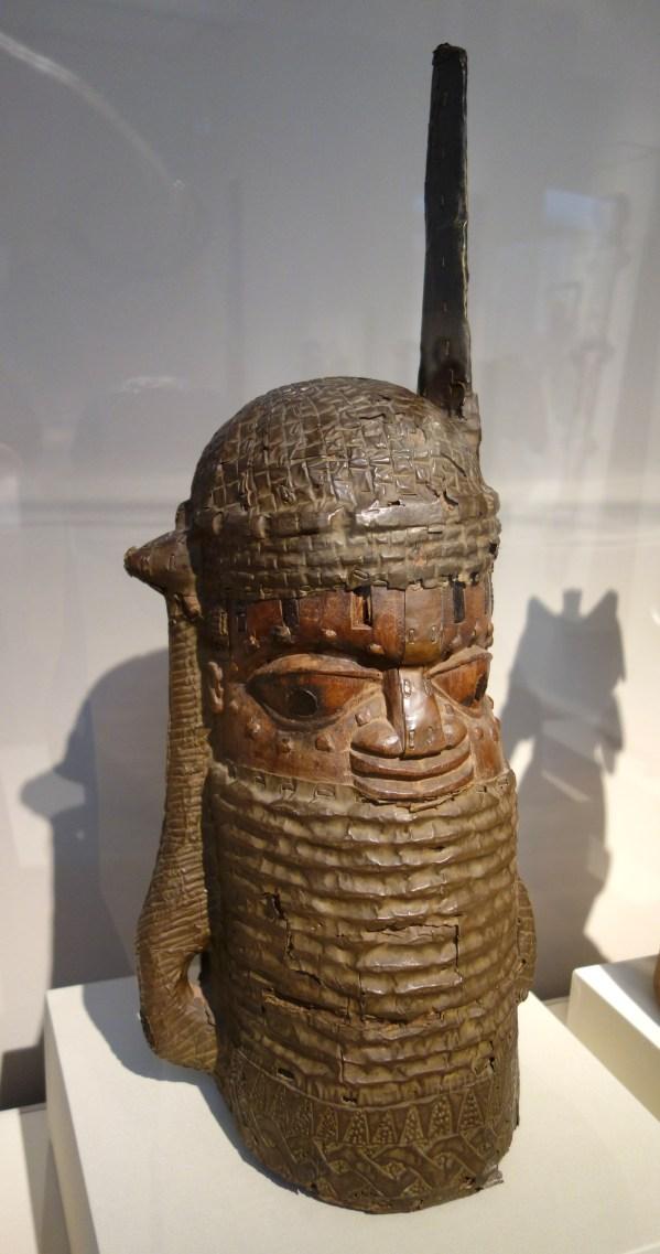 File Commemorative Head Of Chief Uhunmwun-elao