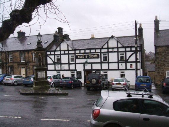 File:The Rose and Crown, Bellingham - geograph.org.uk - 1088205