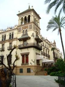 File Sevilla-hotel Alfonso - Wikimedia Commons