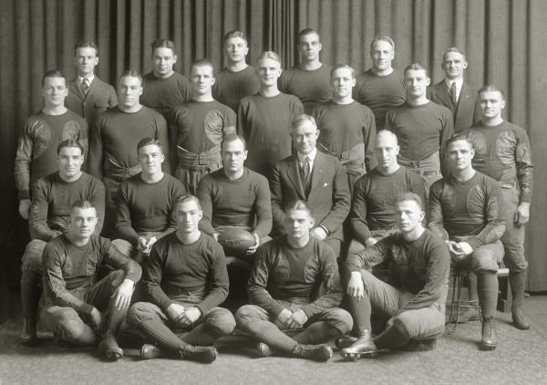 File 1921 Michigan Wolverines Football