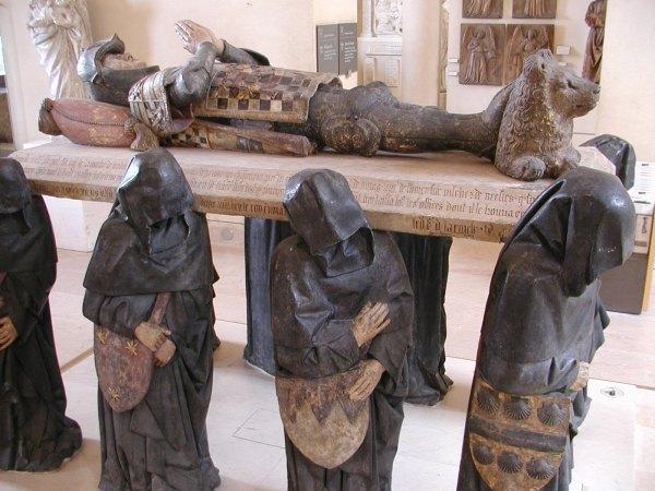 Funerary Art - Wikipedia