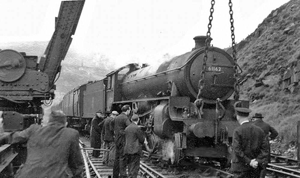 Train derailment at Woodhead, from Wikimedia Commons. Attribution: Ben Brooksbank.