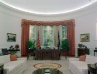 File:The Reagan Library oval office replica.jpg ...