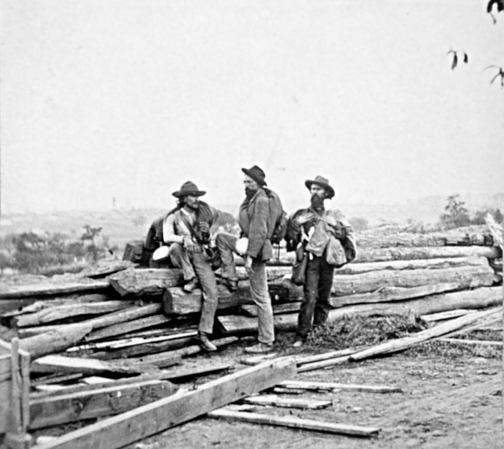 Three Confederate prisoners in 1863 July, near...