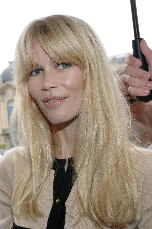 Claudia Schiffer 20091006 Chanel 05 Women With Platinum Blonde Hair