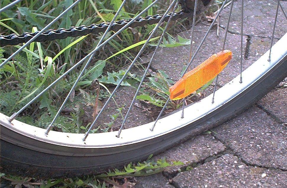 Bicycle flat tyre Dogme ELT Lesson Anatomy Analysis