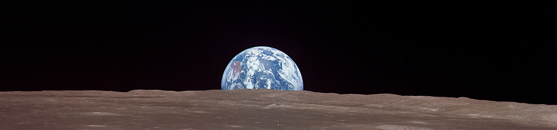 File:Earthrise cutout.jpg - Wikimedia Commons
