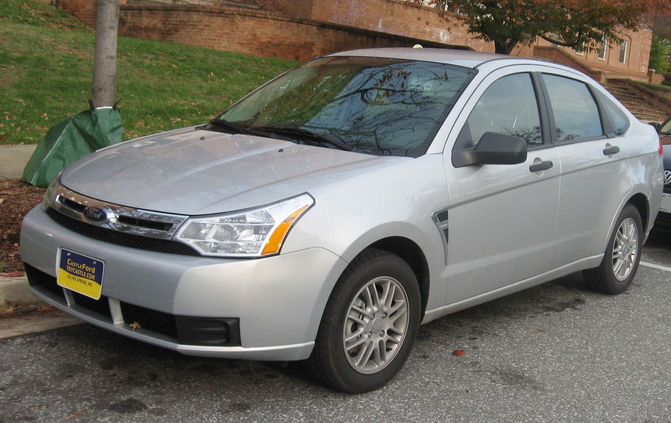 https://i0.wp.com/upload.wikimedia.org/wikipedia/commons/f/fe/2008_Ford_Focus_SE_sedan.jpg