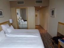 File Hotel Concorde Lafayette Paris Room
