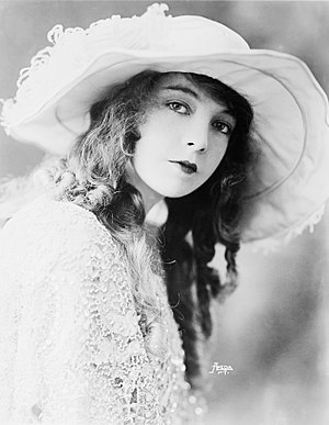 Actress Lillian Gish
