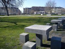 Concrete Furniture - Wikipedia