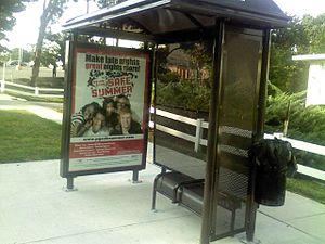 English: The Bus Stop Of The WMATAMetrobus Bus...