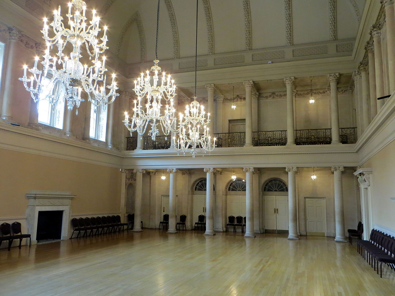 FileAssembly Rooms Bath The Tea Room7748505610jpg