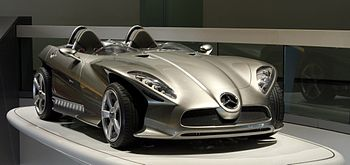 "English: Mercedes-Benz F400 ""Carving""..."