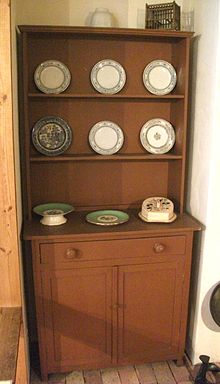 Welsh dresser  Wikipedia