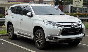 File:2017 Mitsubishi Pajero Sport 24 Dakar Ultimate wagon (KR1W; 12222018), South Tangerang