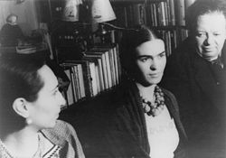 Frida Kahlo (center) and Diego Rivera photographed by Carl Van Vechten in 1932