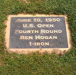 English: Plaque on the 18th fairway at Merion ...