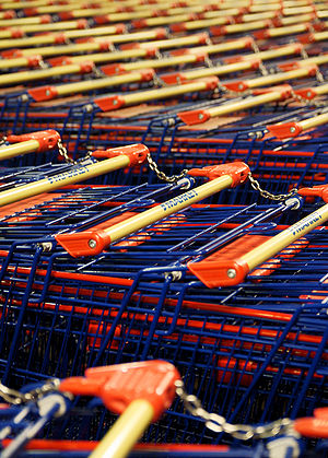 Shopping carts in ABC Tikkula.