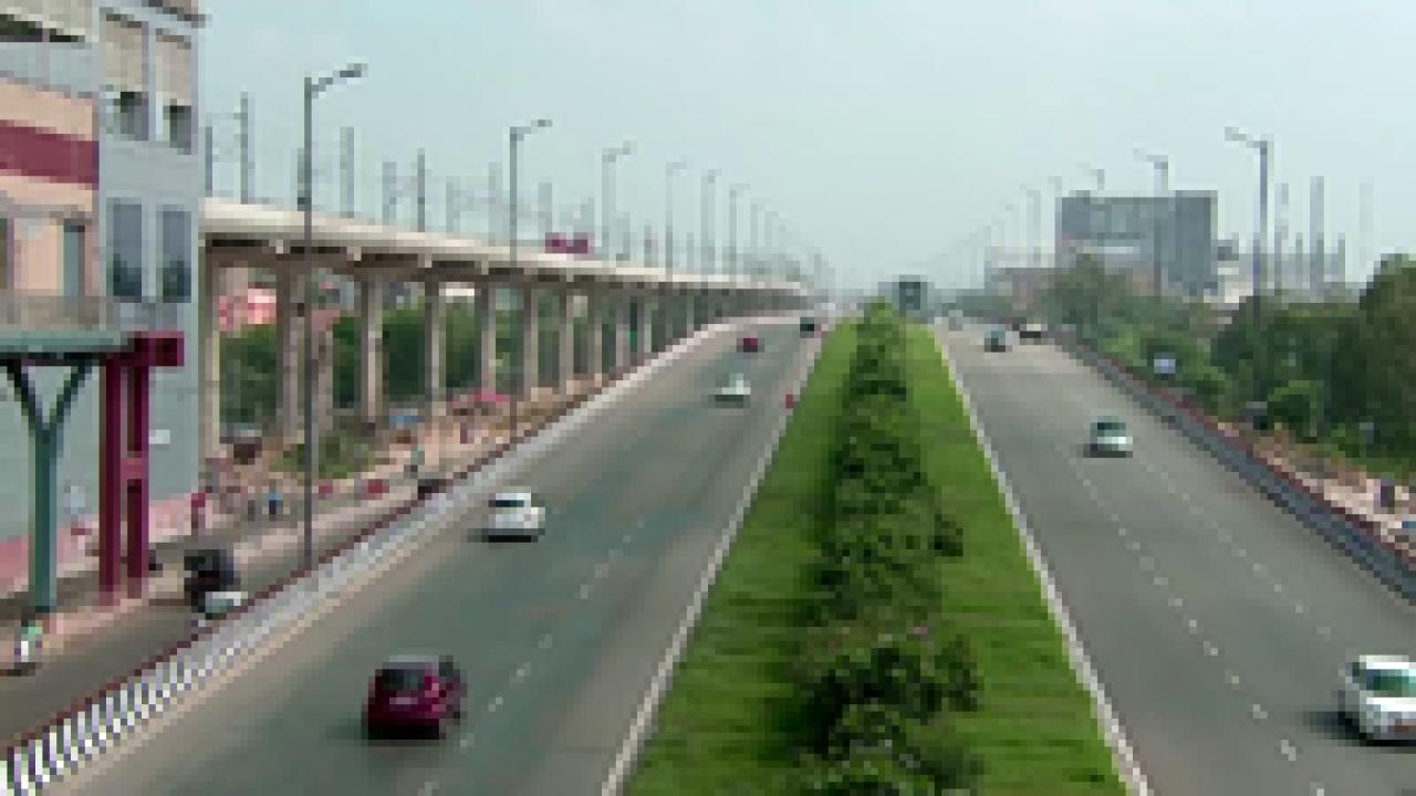 A view of Delhi Faridabad Skyway