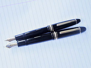 English: A Montblanc 146 from ca. 1990 (top) a...