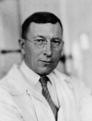 English: Frederick Banting ca. 1920–1925 in To...