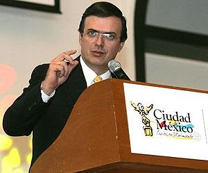 El Lic. Marcelo Ebrard en conferencia diaria c...