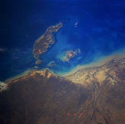 Mornington Island - Wikipedia
