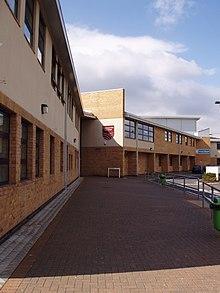 ChapelenleFrith High School  Wikipedia