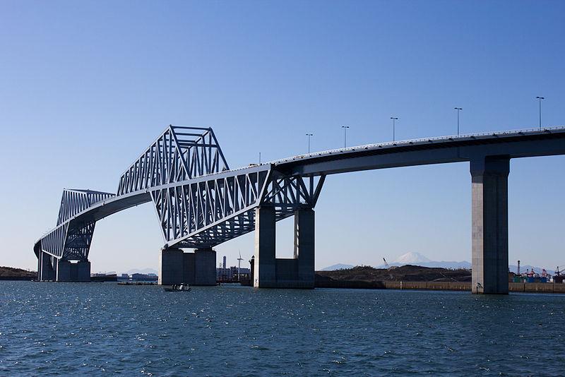 https://i0.wp.com/upload.wikimedia.org/wikipedia/commons/thumb/0/06/Tokyo_Gate_Bridge-1.jpg/800px-Tokyo_Gate_Bridge-1.jpg