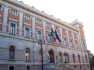Roma - Palazzo di Montecitorio (facciata poste...