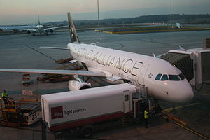 A Star Alliance-branded Air New Zealand aircra...