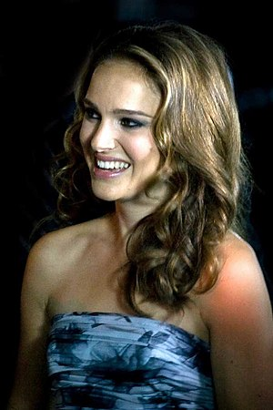 English: Natalie Portman at the premiere of Bl...