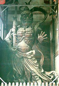 Agyō, uno dei due Niō guardiani del Nandaimon del tempio di Tōdai-ji a Nara.