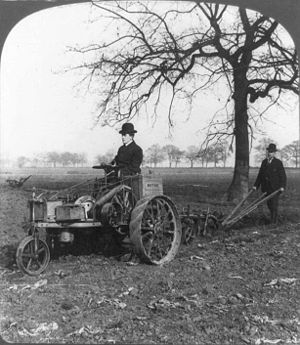 Tractor-Automobile-plow-1905