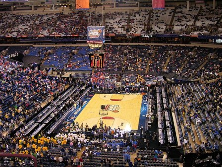 Court before the 2006 NCAA Men's Division I Ba...