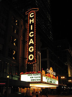 English: Chicago Theatre in Chicago, Illinois