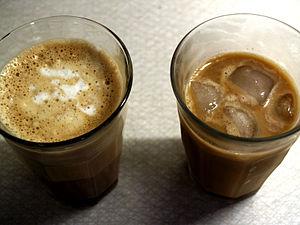 Caffe latte og iskaffe