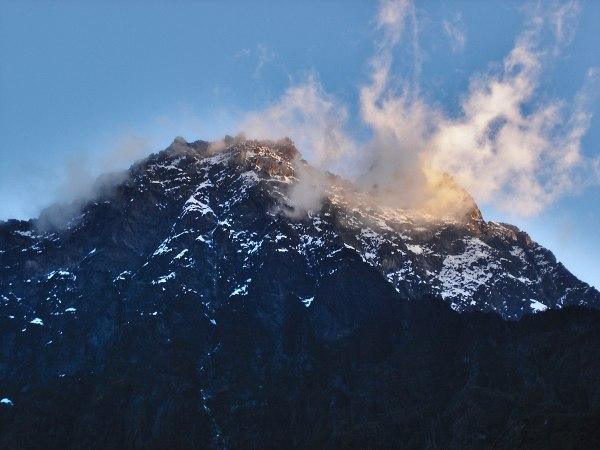 Mount Baker Uganda - Wikipedia