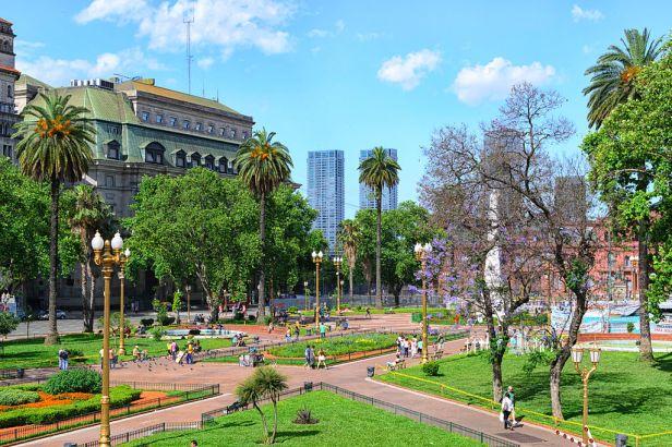 Plaza de Mayo en Primavera