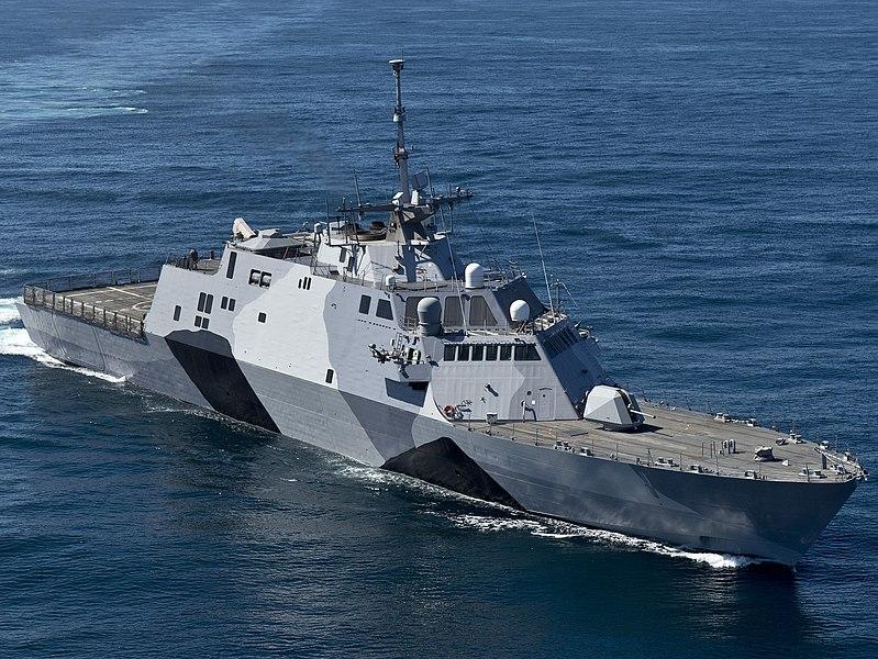 File:USS-Freedom-130222-N-DR144-174-crop.jpg