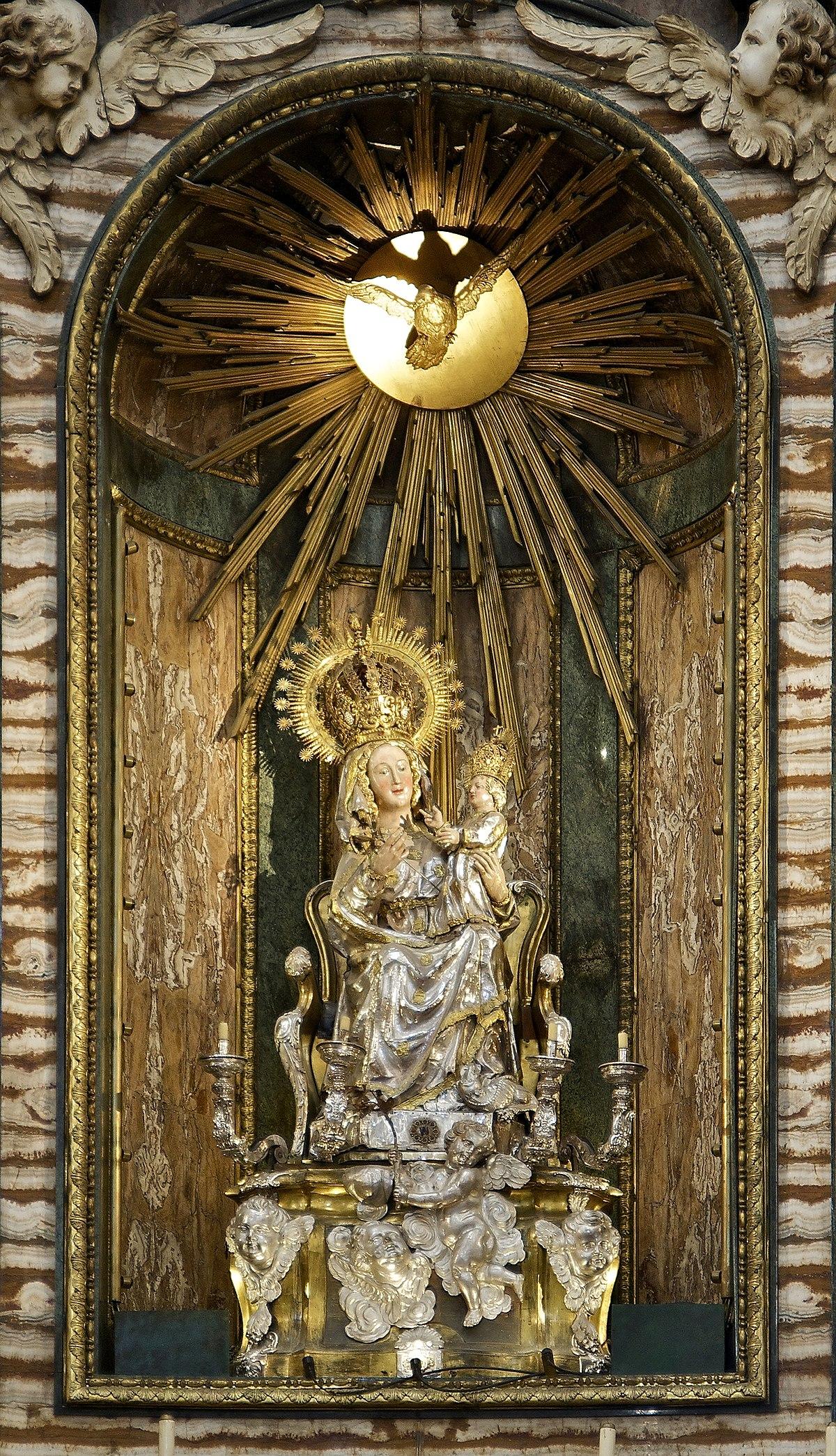 Virgen de la Paz Segovia  Wikipedia la enciclopedia libre