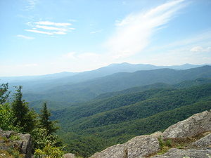 The rocky outcropping of Blowing Rock in the t...